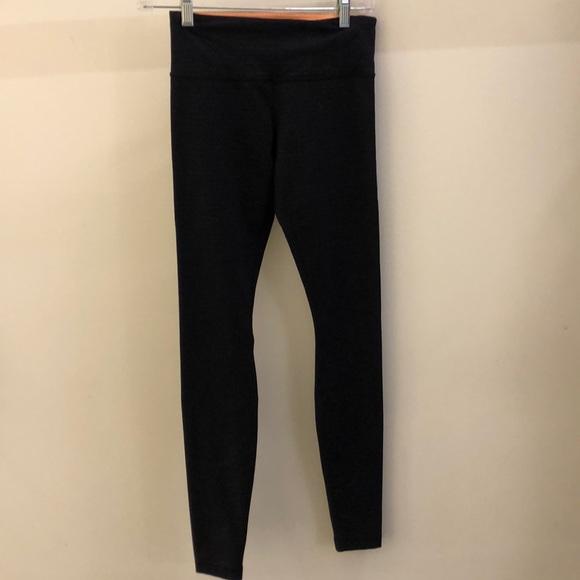 lululemon athletica Pants - Lululemon black and purple legging, sz 4, 70923